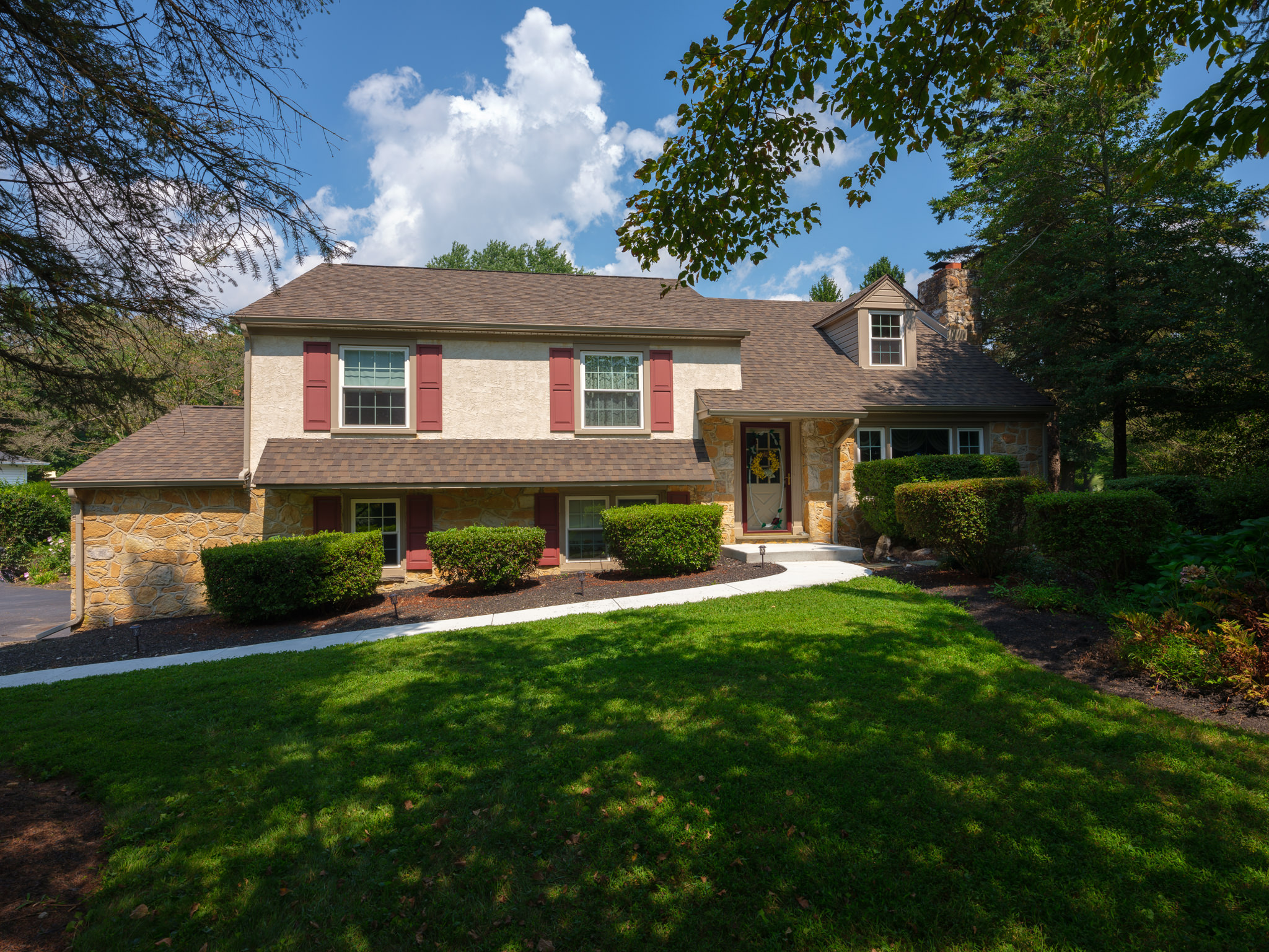 1121-s-concord-rd-01-exterior
